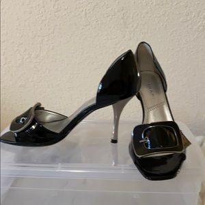Tahari open toe pumps. size 6.5